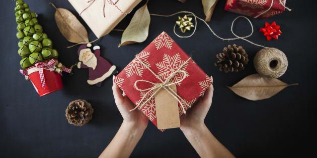 22 Idees De Cadeaux De Noel Pas Plate A Moins De 20 Huffpost Quebec