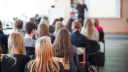 L'Anief polemizza per la classe 'pollaio' con 39 alunni a Todi. Ma il ministro Bussetti smonta il caso: