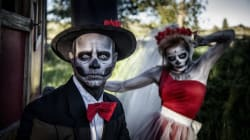 20 Couples Halloween Costumes That Will Win You All The
