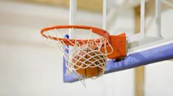 複数の部員を蹴り、「殺すぞ」と暴言。バスケ強豪校の監督が体罰