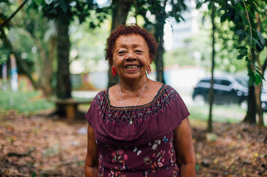 Ló Souza deixou o interior da Bahia praticamente sem saber ler, aos 20, e se mudou para São Paulo.