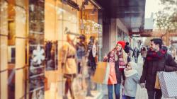 Apertura dei negozi durante le feste: modernità e diritti possono