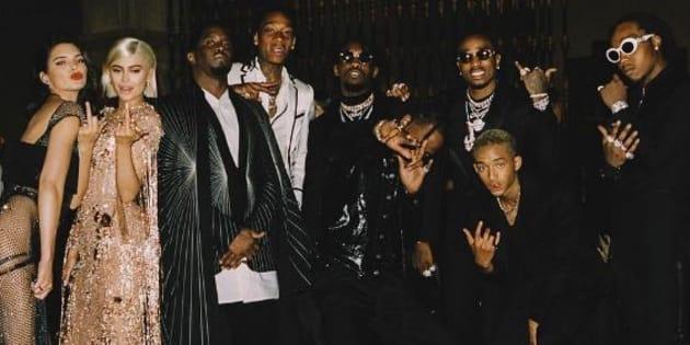 Le rappeur américain P. Diddy a rogné Kylie et Kendall Jenner d'une photo du Met Gala.