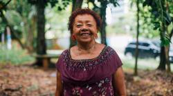 Dia 10: Ló Souza, a mulher que espalha afeto por