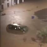 6 mois de pluie en 3 heures: les images des inondations autour de