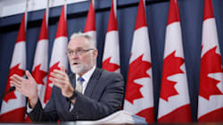 Feds' Pay System For Employees An 'Incomprehensible Failure':