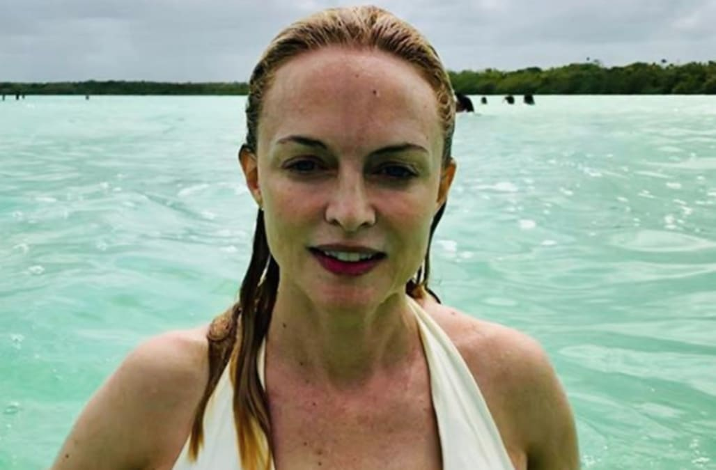 Heather Graham, 49, Deemed Sexy As Sin In New Bikini Photos From Tropical Vacation -4624