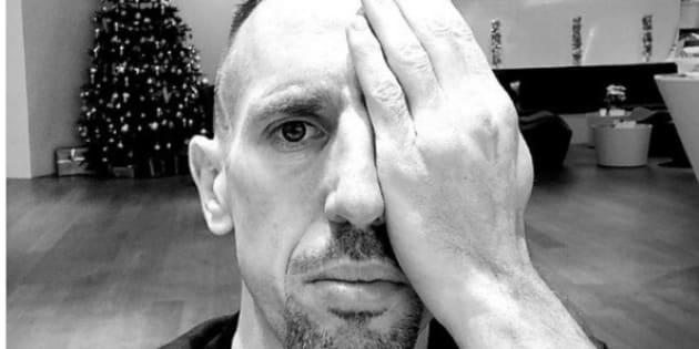 L'attaquant du Bayern Franck Ribéry n'a pas su se contrôler à la vue de ce tweet moqueur.