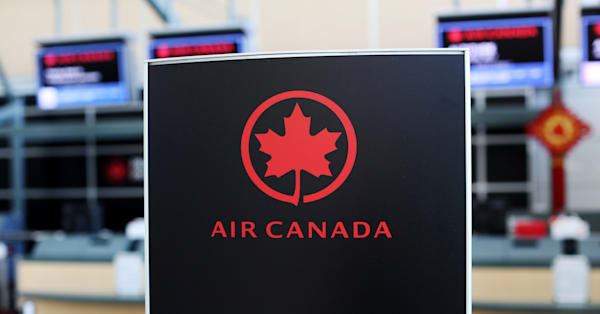 Air Canada to drop 'ladies and gentlemen' from flight announcement