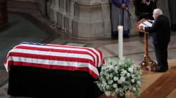 Funérailles nationales pour John McCain dans une Amérique