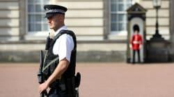 Attaque de policiers devant Buckingham: un deuxième homme