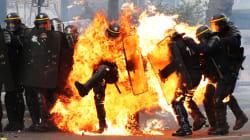 L'histoire derrière la photo du CRS en feu qui a fait le tour du