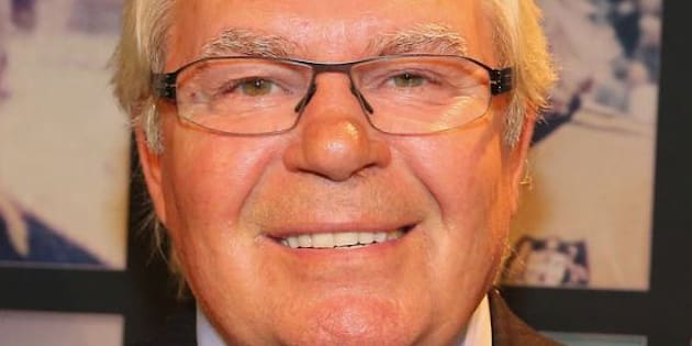 Tributes flow for Australian football and broadcasting great Les Murray