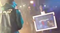 Vegedream se fait ramener le disque de Platine sur scène par