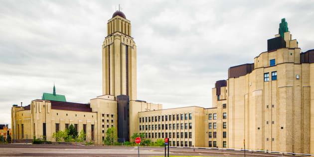 Le pavillon Roger-Gaudry de l'Université de Montréal.