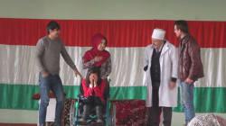 タジキスタン:劇を通じて障がいへの理解を深める