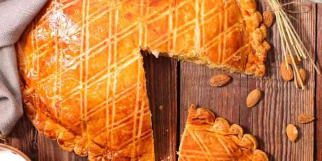 Repérez les moules et plats à éviter pour cuisiner votre galette des rois.