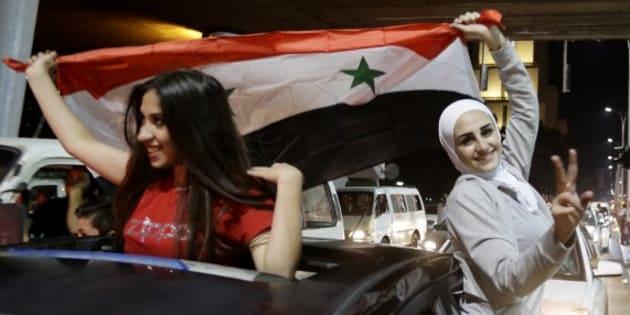 Les Syriens accèdent aux barrages pour le Mondial 2018 et envahissent les rues pour fêter ça