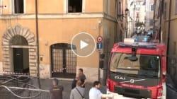 Domato l'incendio nel palazzo in centro a Roma. Una donna
