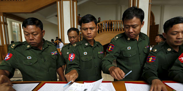 Myanmar's army members of the parliament arrive at the Union Parliament session in Naypyitaw January 28, 2016. REUTERS/Soe Zeya Tun