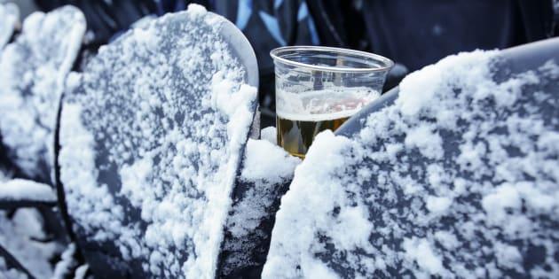 Photo d'illustration: En Russie, 71 personnes décèdent après avoir bu de l'huile de bain parfumé pour s'alcooliser