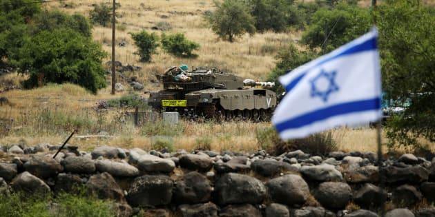Les forces iraniennes tirent des roquettes sur Israël, qui réplique en visant la Syrie.