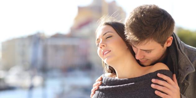 Les parfums aphrodisiaques aux phéromones? Inutiles, selon une étude