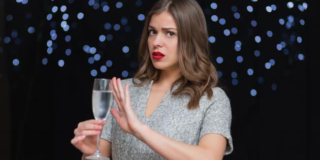 ¿Cómo ayudar a las personas que no toman alcohol?