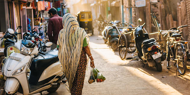 Afternoon in a crowded street of Jodhpur's Blue City.