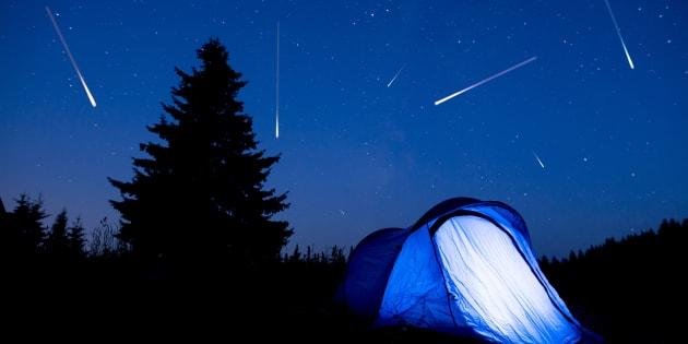 Programma del weekend? Alzare gli occhi al cielo e ammirare le stelle cadenti: ce ne saranno 20 all