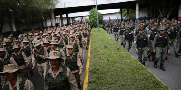 La FANB, l'armée vénézuélienne, pendant un exercice militaire à Caracas ce weekend.