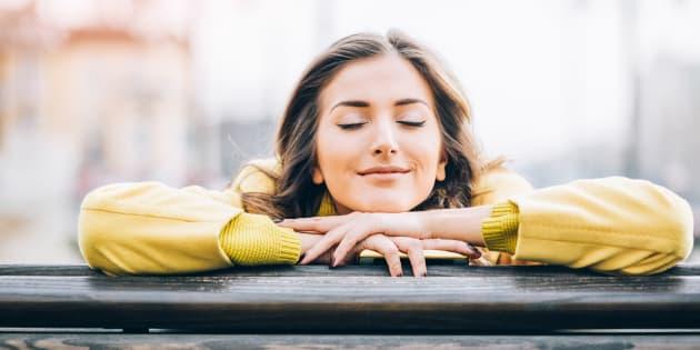 La bonne nouvelle, c'est que le bonheur n'étant qu'à moitié influencé par la génétique, l'autre moitié dépend de nous.