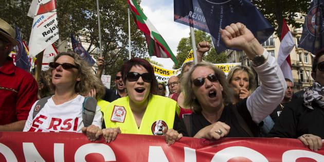Une manifestation contre le système du RSI, en septembre 2015. AFP PHOTO / FLORIAN DAVID  / AFP PHOTO / FLORIAN DAVID