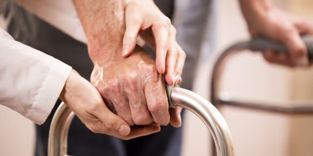 """""""À tous ceux qui culpabilisent ou s'inquiètent de voir leurs proches en maison de retraite"""""""