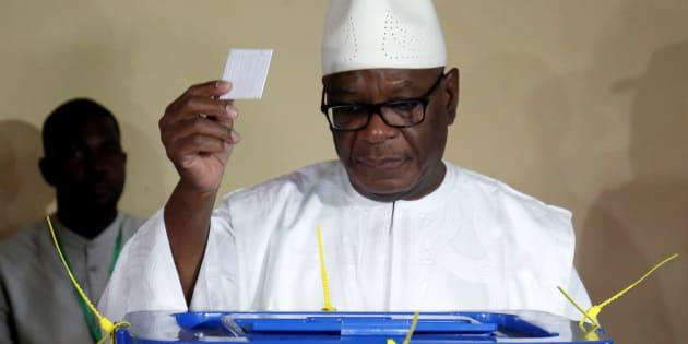 Ibrahim Boubacar Keita, le président malien réélu avec 67,17% des voix , lors de son vote le 12 août 2018.