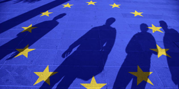 Oettinger ancora contro il governo italiano: