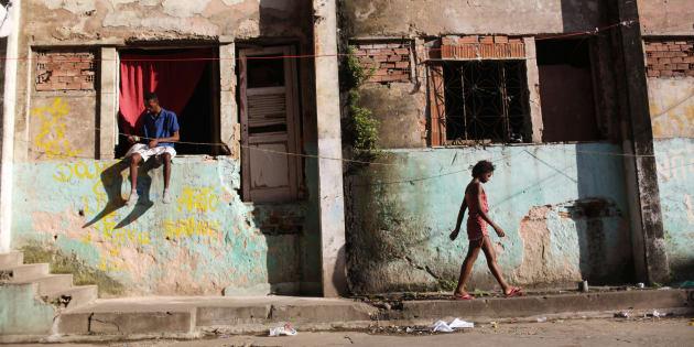 Os 5% mais ricos possuem a mesma renda que os 95% restantes no Brasil.
