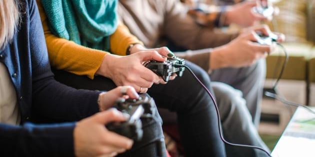 Pour comprendre les retombées de l'industrie du jeu vidéo québécoise, il faut également considérer les dimensions qualitatives.