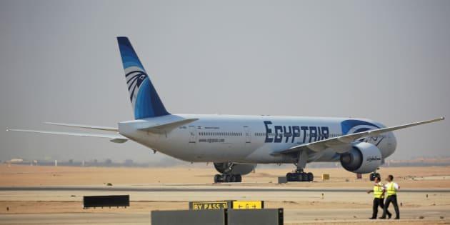 Le crash d'EgyptAir causé par un iPhone et un iPad? Une piste explorée par la justice française, selon Le Parisien