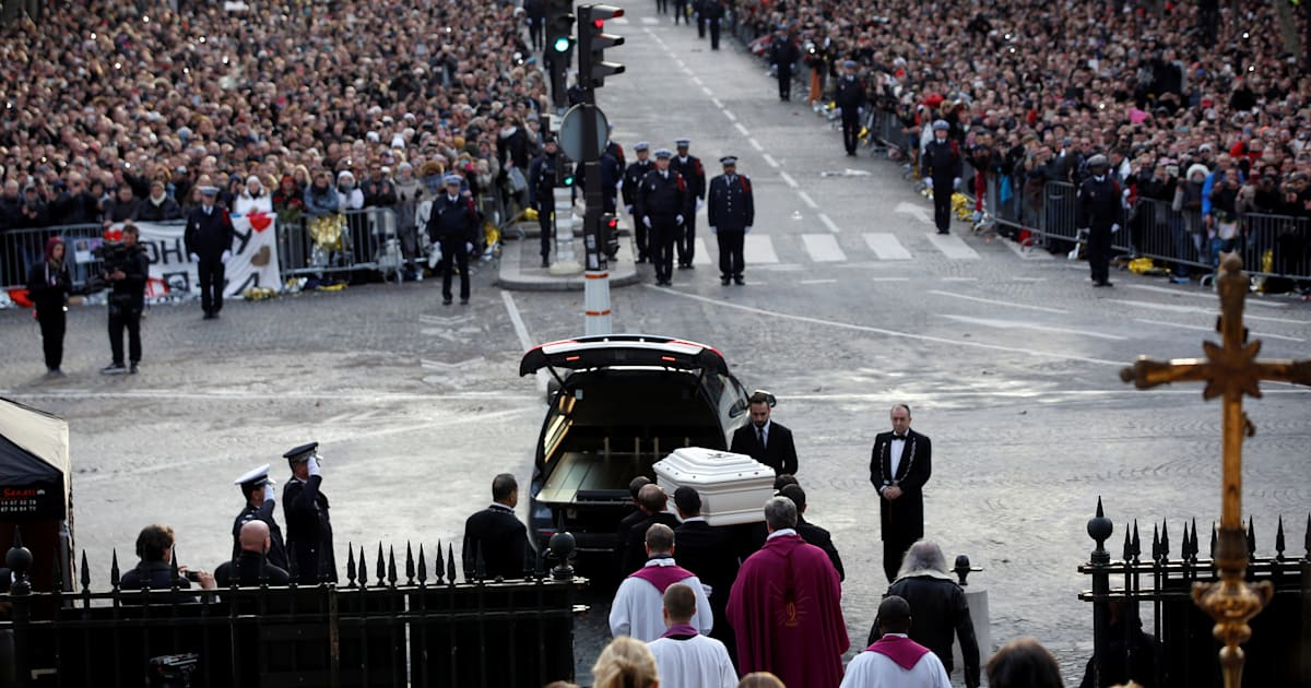 Les proches de Johnny Hallyday en route vers Saint-Barthélémy pour son enterrement