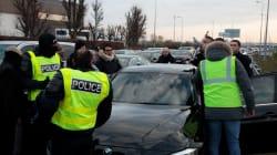Uber porte plainte et veut une protection policière après de