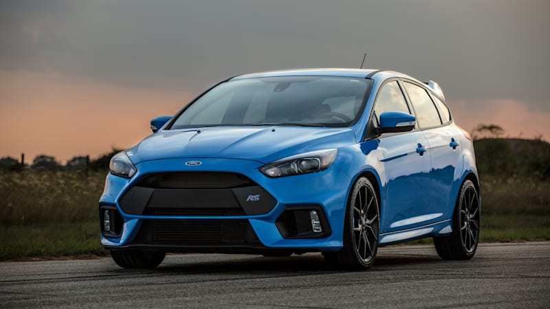 hennessey hpe400 packs 400 horsepower into the ford focus rs autoblog. Black Bedroom Furniture Sets. Home Design Ideas