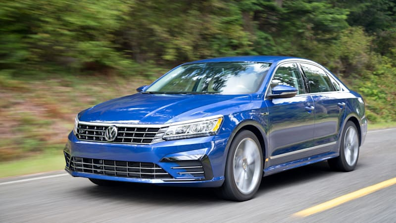 vw passat redesign coming for 2019 volkswagen tells chicago auto show autoblog. Black Bedroom Furniture Sets. Home Design Ideas