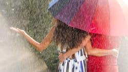 Temperature giù anche di 10 gradi, temporali nel weekend: l'estate non vuole