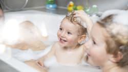 Rappel de deux jouets de bain pour