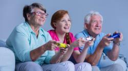 Les jeux vidéo réduiraient le risque de démence chez les personnes
