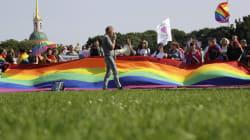 Por que o Brasil está preocupado com torcedores LGBT na