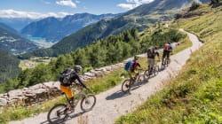 SVIZZERI IN BICICLETTA - La valorizzazione delle piste ciclabili entra nella Costituzione svizzera. D'accordo tutti i