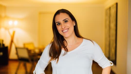 Dia 215: Adriana Cavalcanti dribla o