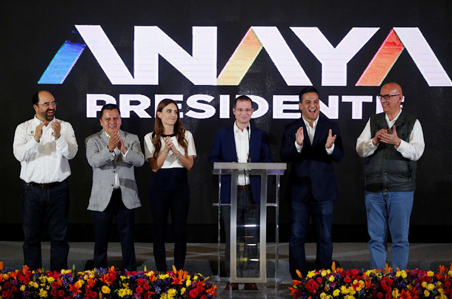 El candidato Ricardo Anaya durante el mensaje en el que reconoció el triunfo de su adversario Andrés Manuel López Obrador.